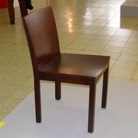Drevená stolička Taurus